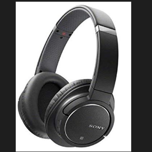 Sony Other - Sony Bluetooth & Noise Cancel Headphones w/ Case